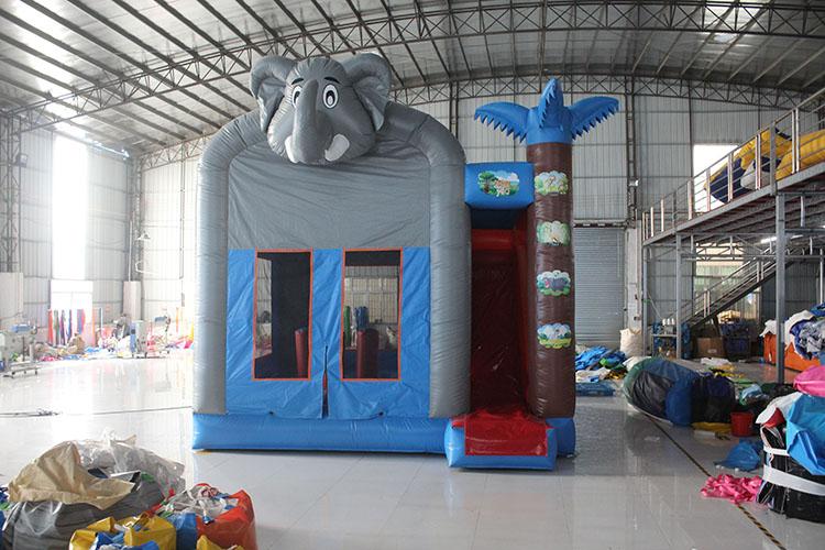 象ふわふわドーム