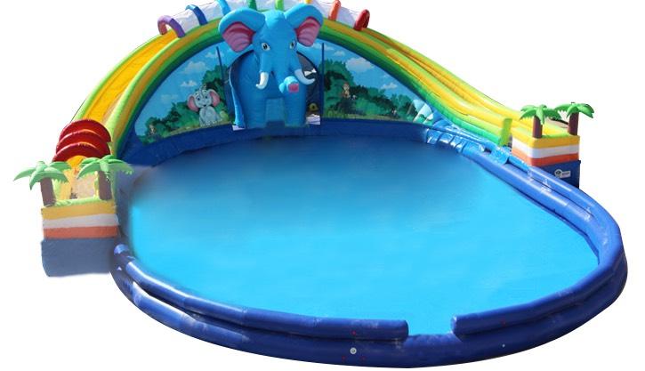 ふわふわドーム大型プールすべり台